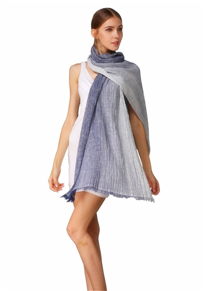 Dyed yarns woven ablong scarves for women