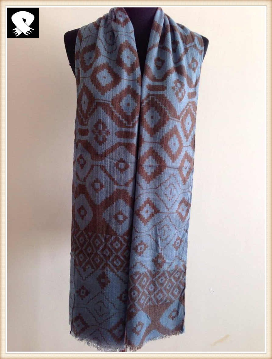 French grey geo scarf in china scarf factory