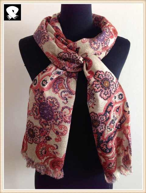Paisley acrylic scarf with silver lurex