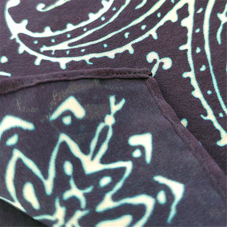 Custom scarf manufacturers printed silk scarves with logo
