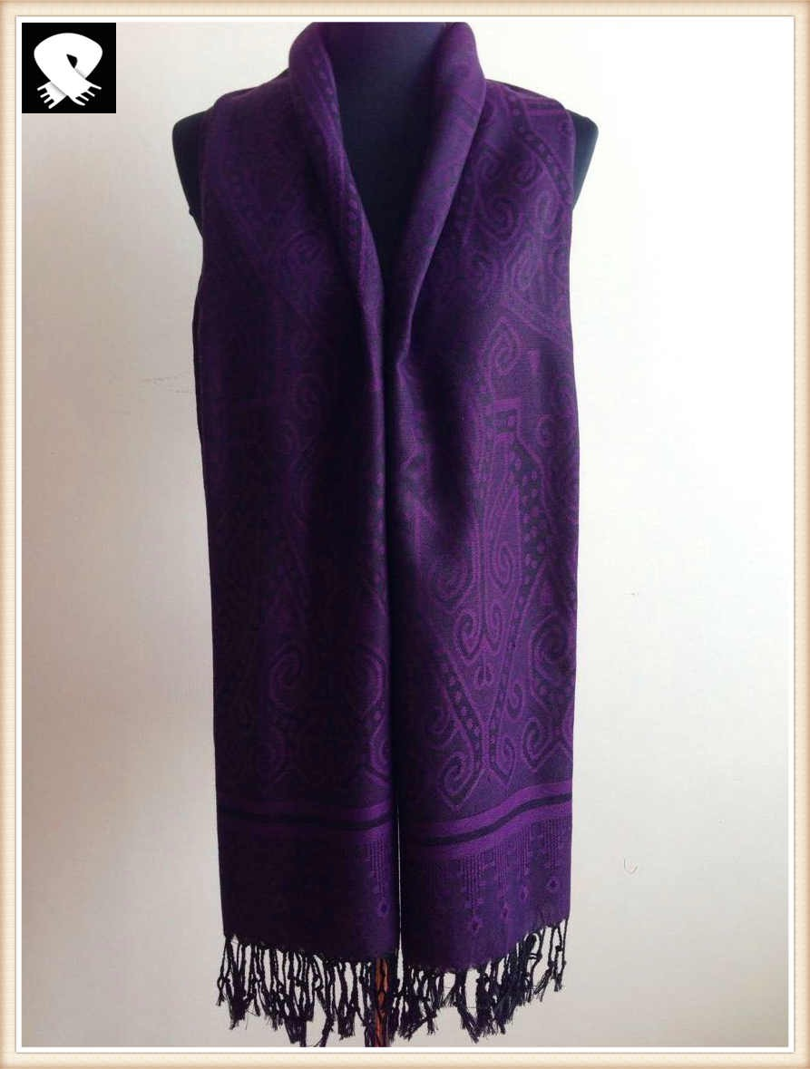 Purple acrylic and polyester scarf