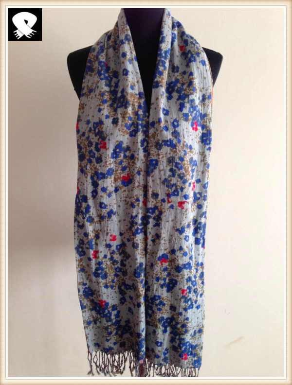 Floral and red stars cotton scarf in scarf factory