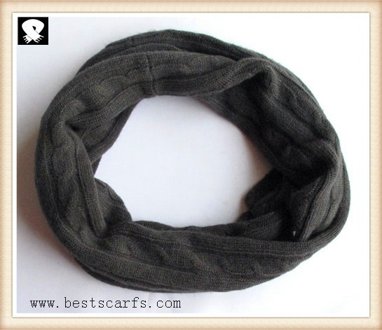 Scarf factory, light-weight knit scarf