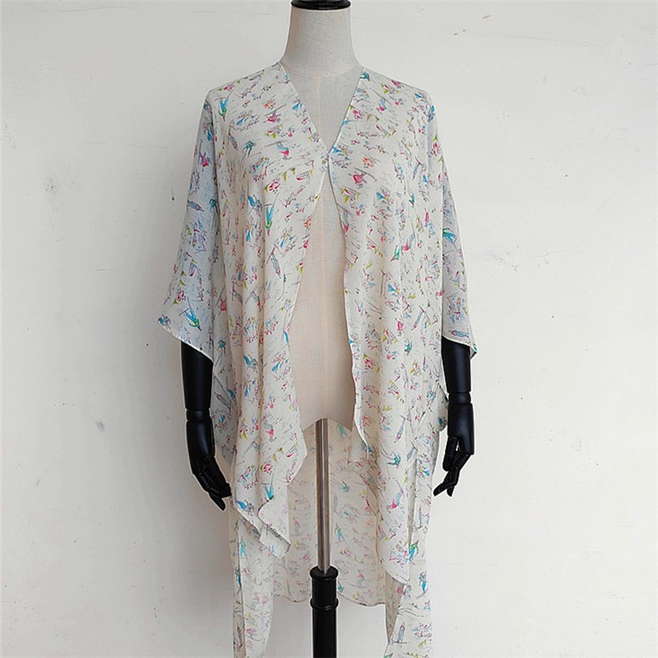Scarf printer printing photographic images on the kimono Cardigan