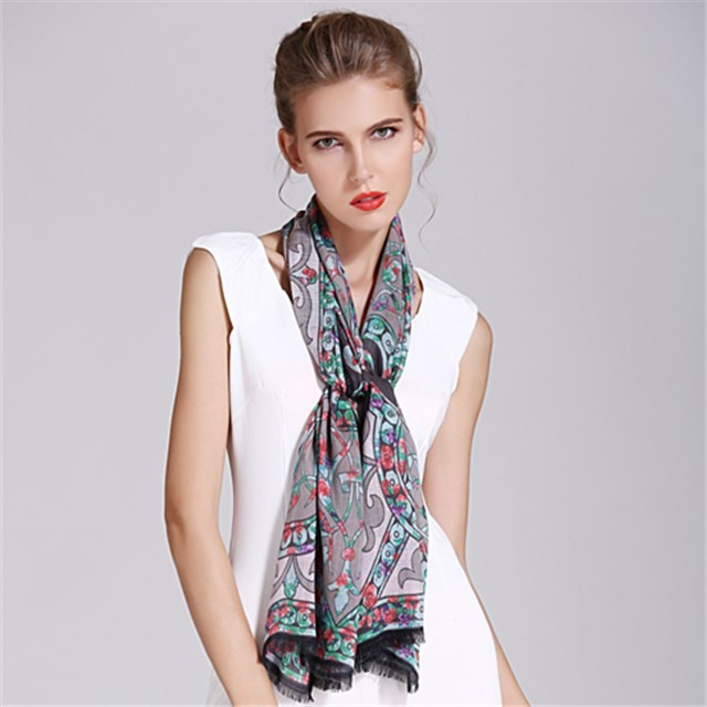 Customized digital print fringed ladies fashion scarf in china scarf factory