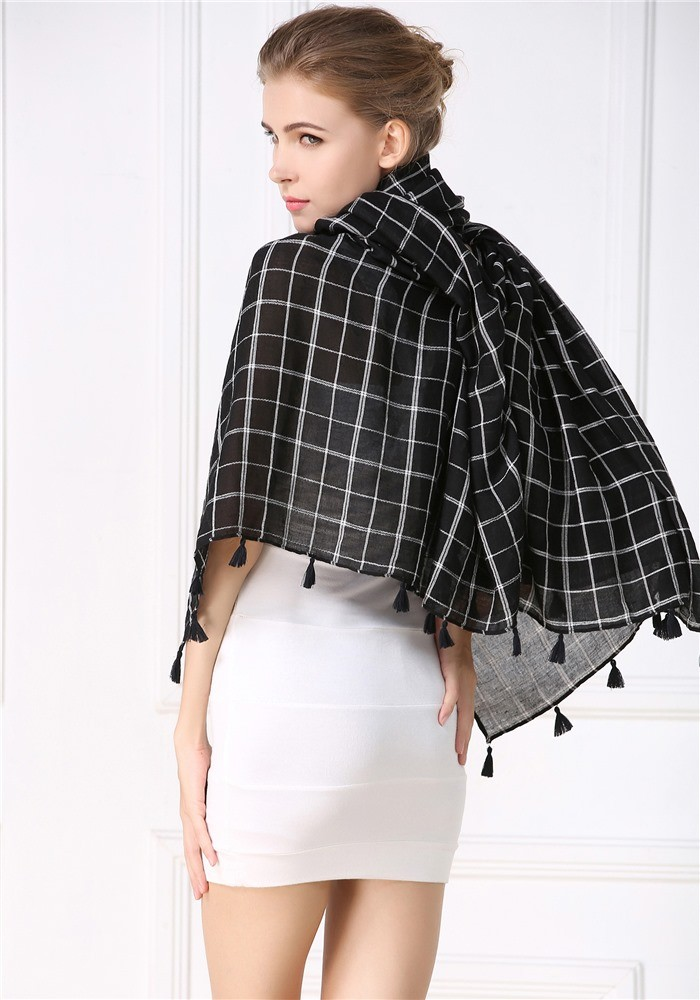 Checks ponchos with stylish tassels