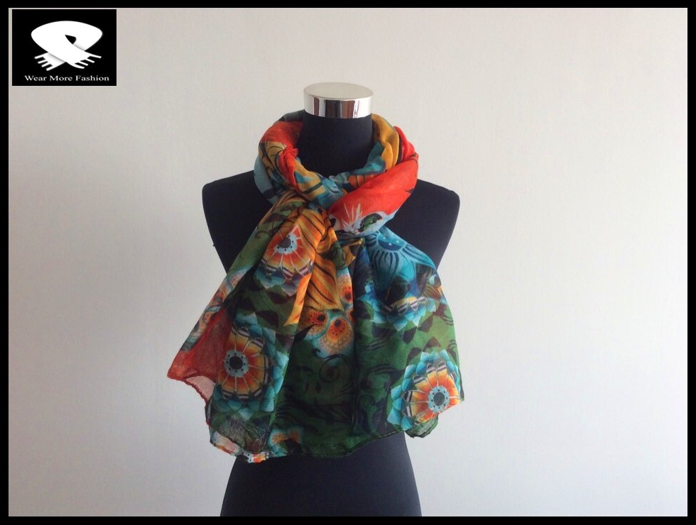 Fashion floral printed scarf