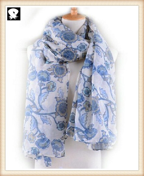Floral polyester scarf bespoke with your customs