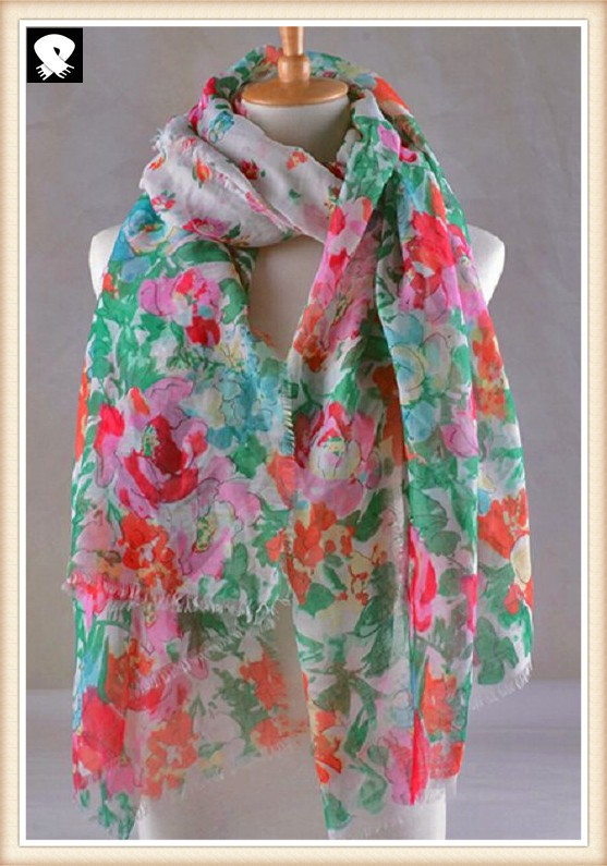 Flowers and green leaves polyester scarf