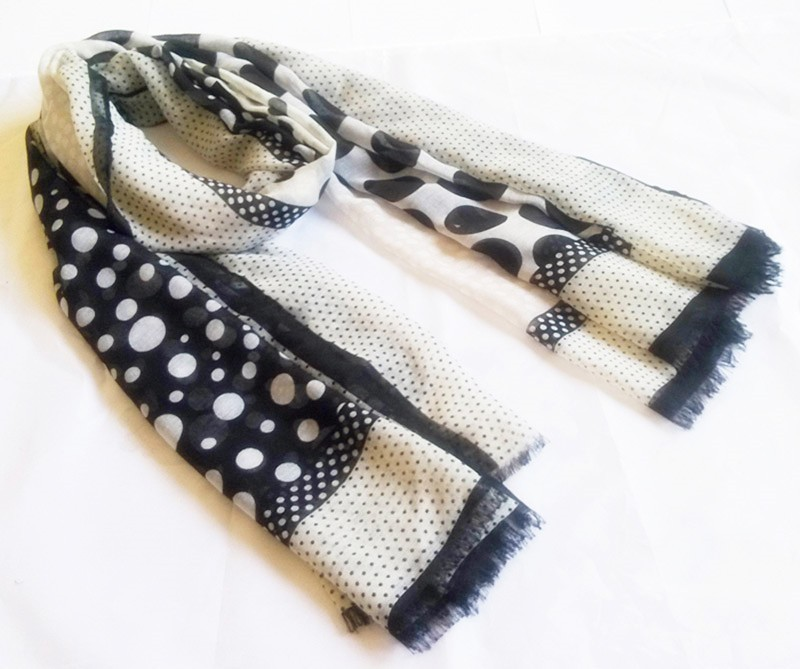 Polka-dotted scarf made in scarf factory