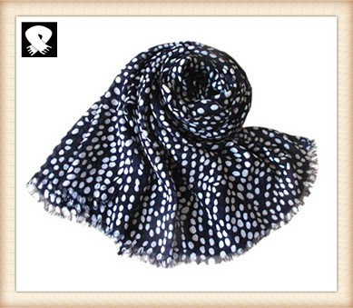 Scarf factory, white dots polyester scarf