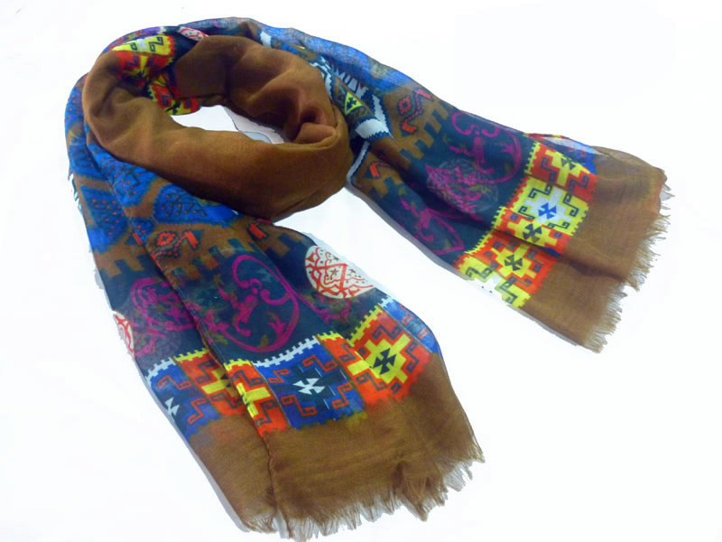 Stylish geo polyester scarf made in scarf factory