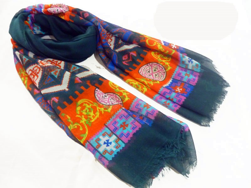 stylish scarf made in China scarf factory