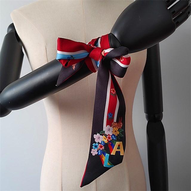 China scarf factory custom digital printed floral silk twill scarf