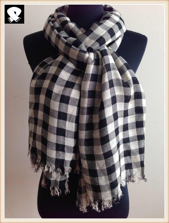 Black and white checks viscose scarf