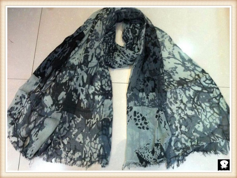 Black leopard scarf, china scarf factory