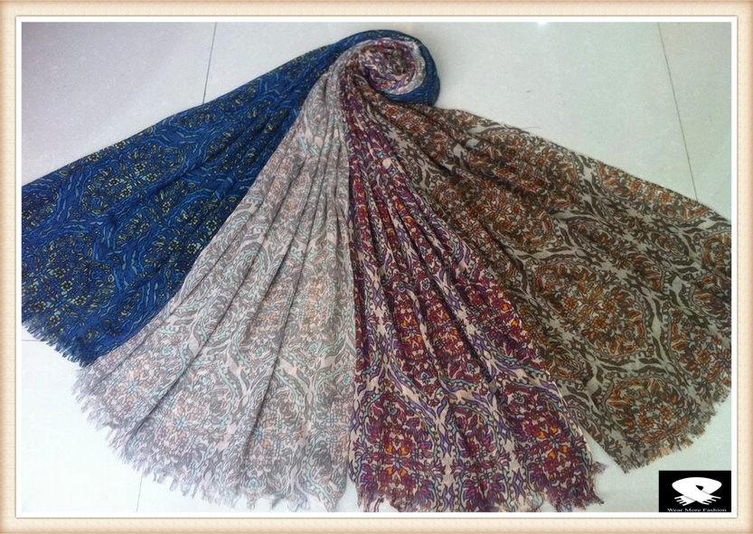 Fantastic paisley scarf