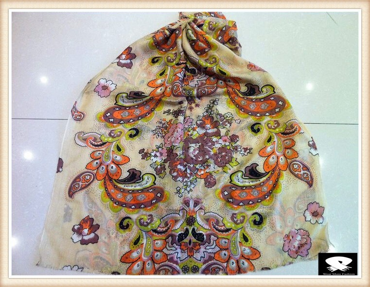 Paisley viscose scarf in China scarf supplier